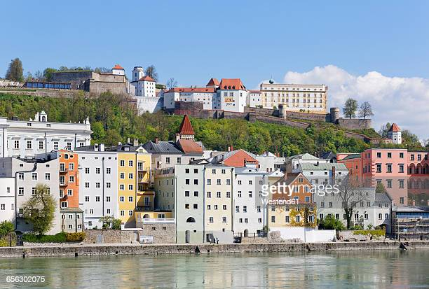 Germany, Bavaria, Lower Bavaria, Passau, Old town, Veste Oberhaus and Inn river