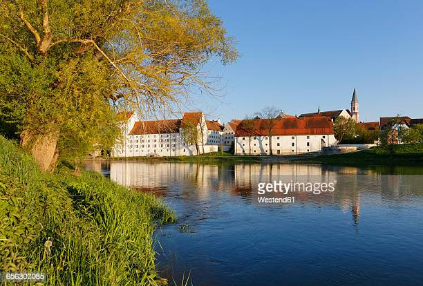 germany, bavaria, lower bavaria, straubing, ducal palace with salzstadel, danube river - straubing stock pictures, royalty-free photos & images