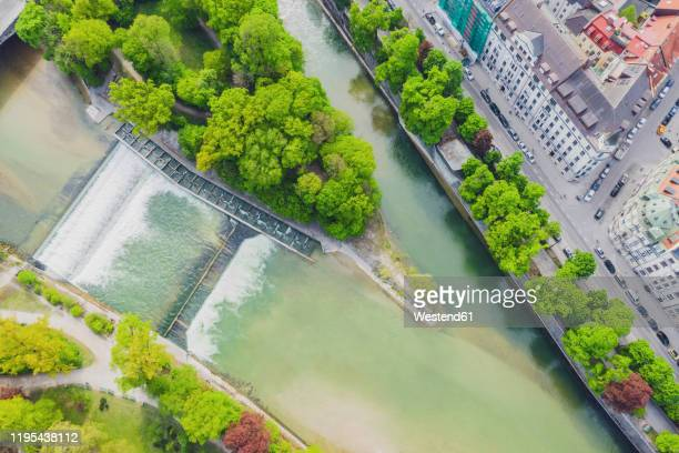 germany, bavaria, munich, aerial view of isar river in summer - fiume isar foto e immagini stock