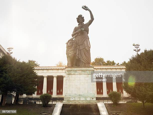 Germany, Bavaria, Munich, Ruhmeshalle with Bavaria Statue