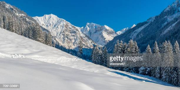 Germany, Bavaria, Oy Valley in winter