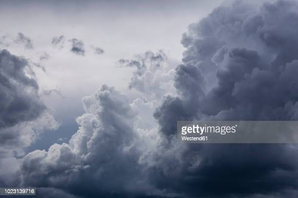 germany, bavaria, rain cloud - nube temporalesca foto e immagini stock