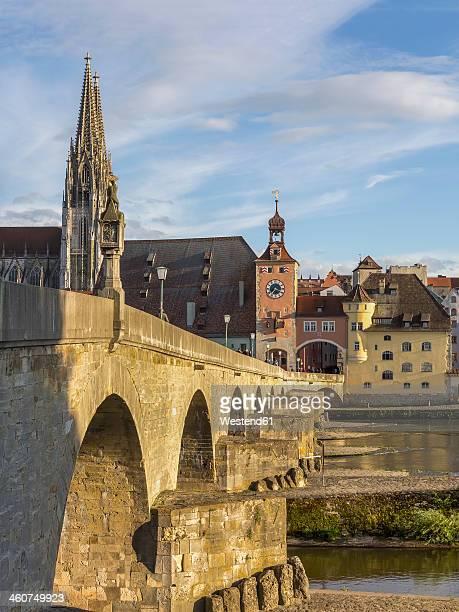 Germany, Bavaria, Regensburg, View of Regensburg Cathedral and stone bridge