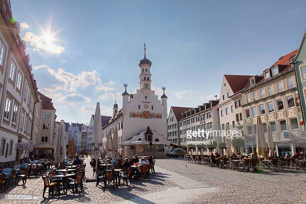 Germany, Bavaria, Swabia, Allgaeu, Kempten, Rathausplatz, View of city hall with square and restaurants
