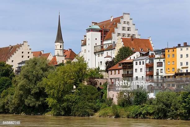Germany, Bavaria, Upper Bavaria, Wasserburg am Inn, Old town with castle at Inn river