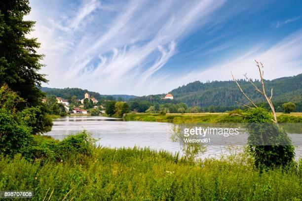 Germany, Bavaria, Upper Palatinate, Bavarian Forest, River Regen, village Hof and Stefling Castle