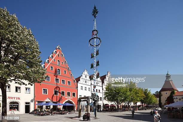 germany, bavaria, weiden in der oberpfalz, view of market square - maypole stock pictures, royalty-free photos & images