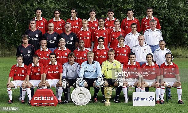Bayern Munich team photo from left to right 1st row Philipp Lahm Mehmet Scholl Hasan Salihamidzic Bernd Dreher Oliver Kahn Michael Rensing Willy...
