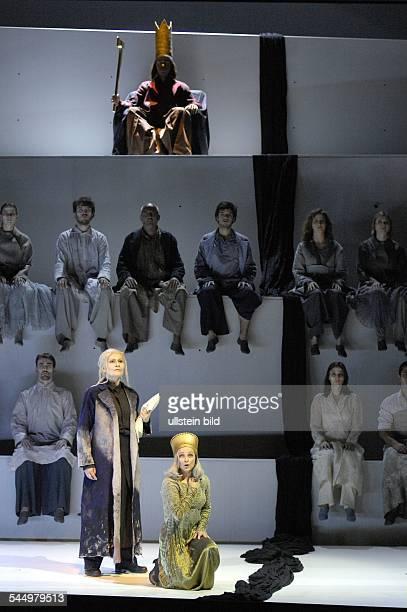 State Opera Berlin plays Belshazzar by Georg Friedrich Haendel directed by Christof Nel singers Kenneth Tarver Kristina Hammerstroem Rosemary Joshua