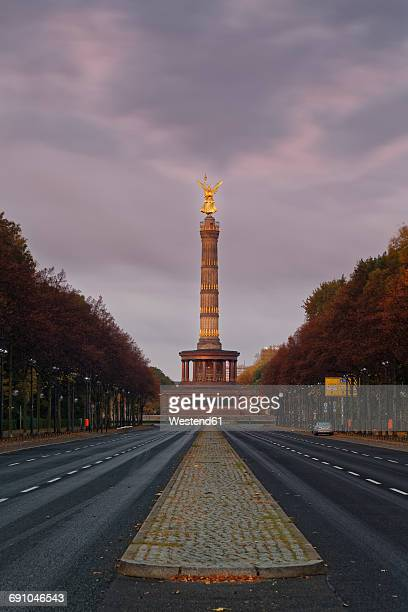 germany, berlin, berlin-tiergarten, great star, berlin victory column - freie straße stock-fotos und bilder