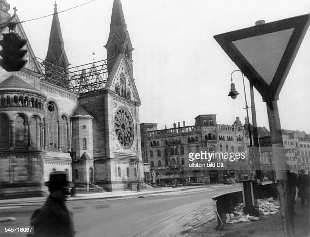 Germany Berlin Breitscheidplatz and the ruin of the Gedaechtniskirche In the back the ruin of the Romansiches Café 1945