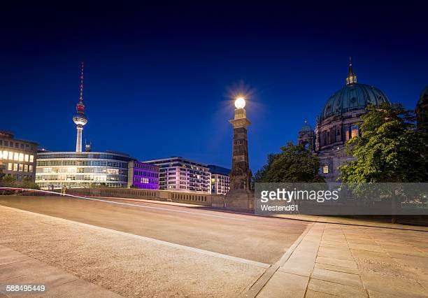 Germany, Berlin, Bridge over the Spree river with TV-Tower and Berliner Dom