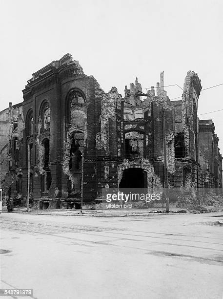 Germany Berlin British sector view of the destroyed building of military staff at the Koenigsplatz corner of Moltkestrasse / In den Zelten undated...