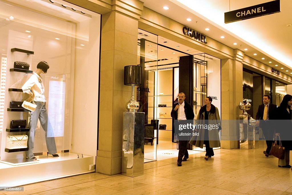 Chanel Berlin germany berlin chanel store at kadewe department store 2007