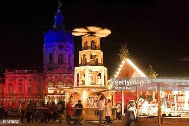 Germany - Berlin - Charlottenburg : first Christmas market at Schloss Charlottenburg