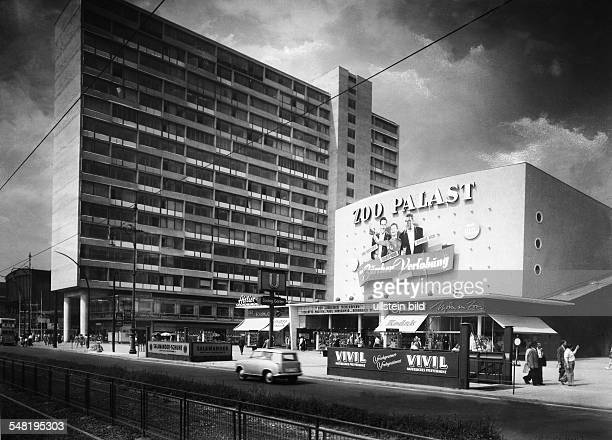 Germany Berlin city views in the 1950ies View of the Zoo Palast movie theater in Berlin 1957 Vintage property of ullstein bild