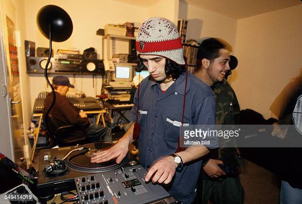Hip Hop in Berlin Kreuzberg the turkish young person Tamer DJ at Islamic Force and CPS practicing with a friend