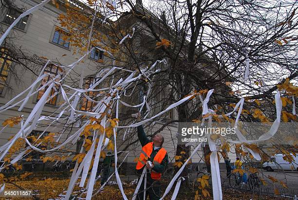 After a pupils protest potesters and troublemakers forced the Humboldt University toilet paper at a tree