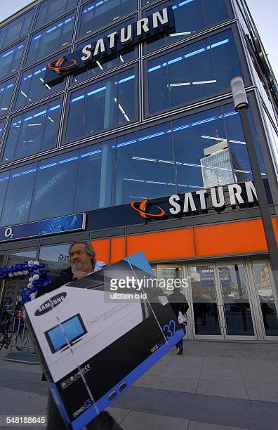 Germany Berlin Mitte opening of the electronic market Saturn in the business building DIE MITTE at Alexanderplatz