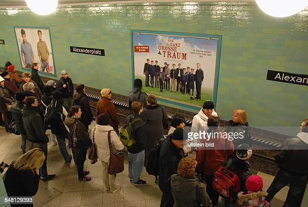 Germany Berlin Mitte - warning strike of the trade union of the locomotive drivers GDL between 6 am and 8 am, , passengers are taking the subway...