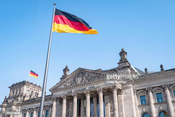 germany berlin reichstag building german parliament bundestag - duitsland stockfoto's en -beelden