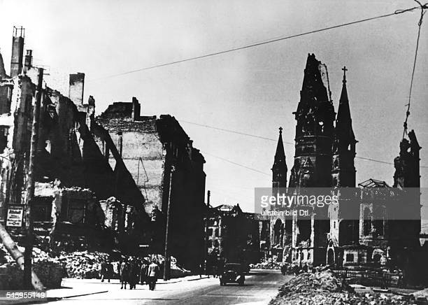 Germany Berlin Tauentzien Strasse and Gedaechtniskirche about 1945