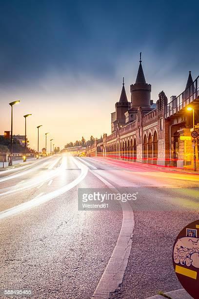 Germany, Berlin, the Oberbaumbruecke in twilight