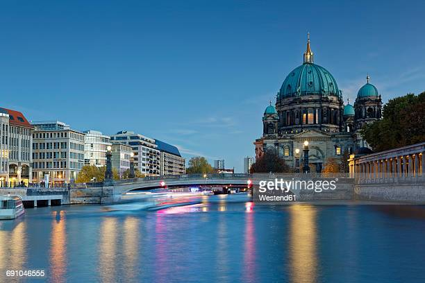 germany, berlin, view to berliner at twilight - east germany stock pictures, royalty-free photos & images