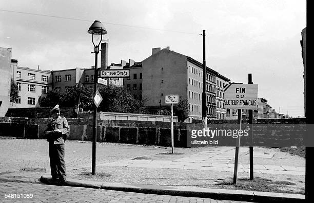 Germany Berlin Wedding the wall at the Bernauer / Strelitzer Strasse End of the French Sector August 1961