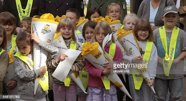 Germany Berlin Wilmersdorf pupils of the AstridLindgrenSchool at road safety education highvisibility jacket for first grader