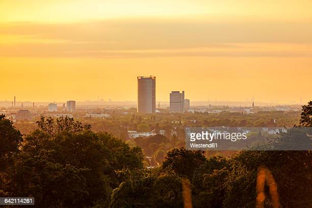Germany, Bonn, Siebengebirge, view to the city from Drachenfels at twilight