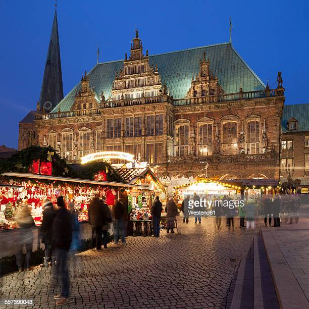 Germany, Bremen, Christmas market at the market place