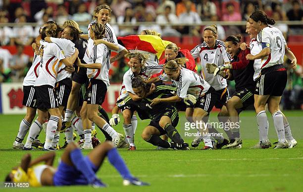 Germany celebrates their 20 win against Brazil during the FIFA Women's World Cup 2007 final match at Shanghai Hongkou Football Stadium on September...