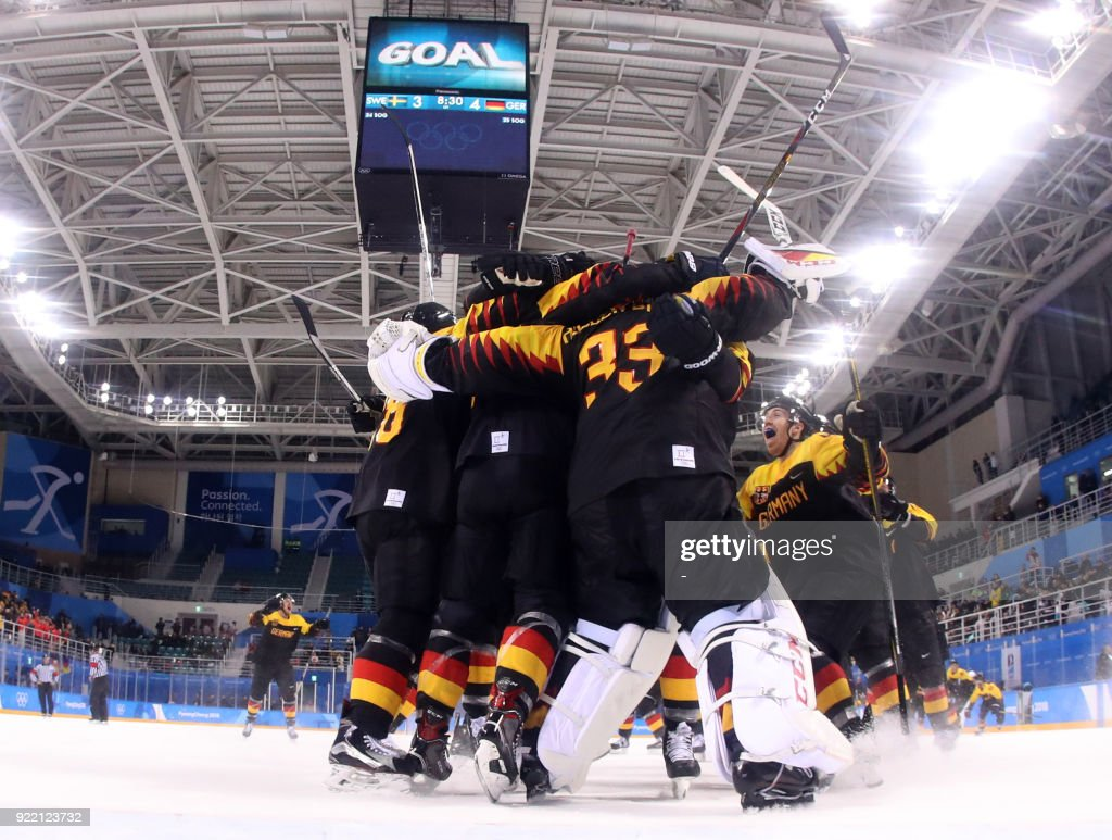 IHOCKEY-OLY-2018-PYEONGCHANG-SWE-GER : News Photo