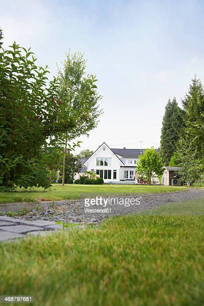 Germany, Cologne, garden with villa in  background