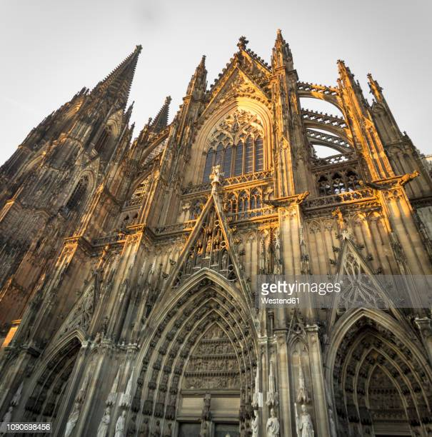 Germany, Cologne, view of Southern side of Cologne Cathredal by sunset