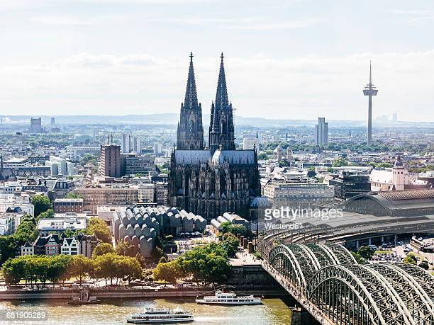 germany, cologne, view to the city with hohenzollern bridge and rhine river in the foreground from above - cologne stock pictures, royalty-free photos & images
