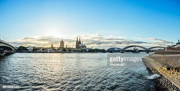 germany, cologne, view to the city with rhine river in the foreground - cologne stock pictures, royalty-free photos & images