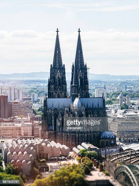 germany, cologne, view to the cologne cathedral and museum ludwig from above - cologne cathedral stock photos and pictures