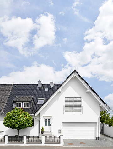 Germany, Cologne, white new built one-family house - gettyimageskorea