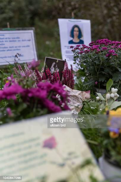 DEU Germany Deutschland Berlin Gedankplatz am Eingang zum Tiergarten für eine Frau die von einem Obadchlosen im September 2017 überfallen und getötet...