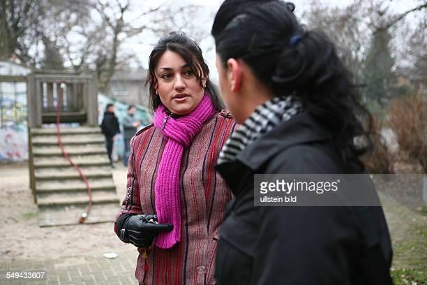 DEU Germany Dinslaken Lamya Kaddor MA turkish teacher for Islam in German language