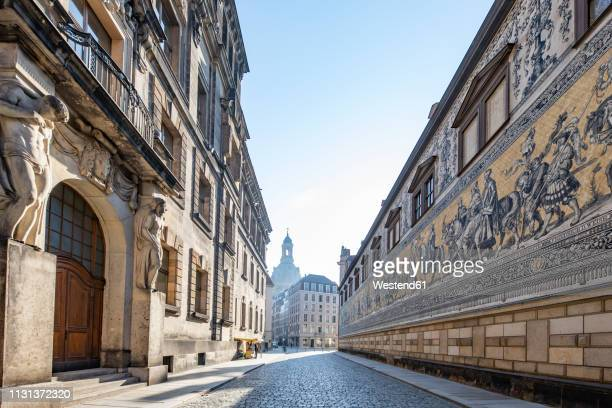 germany, dresden, view to wall with the procession of princes at augustusstrasse - dresden germany stock pictures, royalty-free photos & images