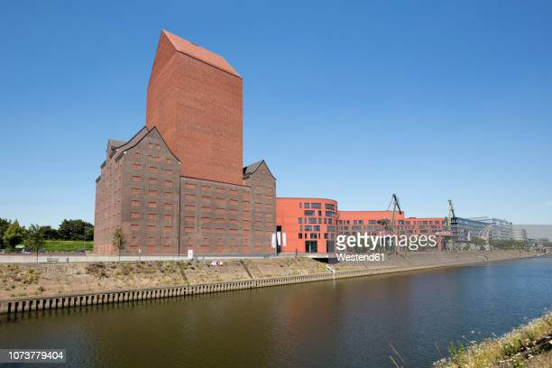 germany, duisburg, view to landesarchiv with office buildings - ruhr stock pictures, royalty-free photos & images