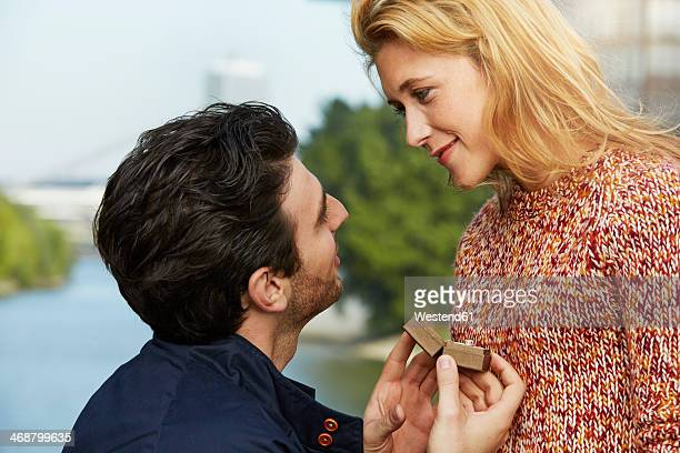 Germany, Dusseldorf, Young man proposing to woman