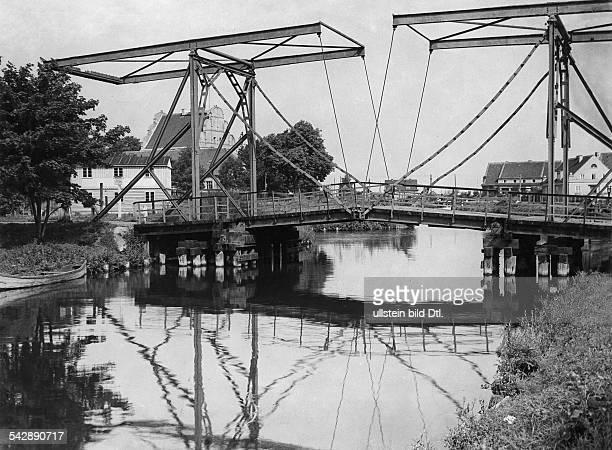 Germany East Prussia Masuria Loetzen Bascule bridge at the Loetzen Canal 1931 Picture Paul W John