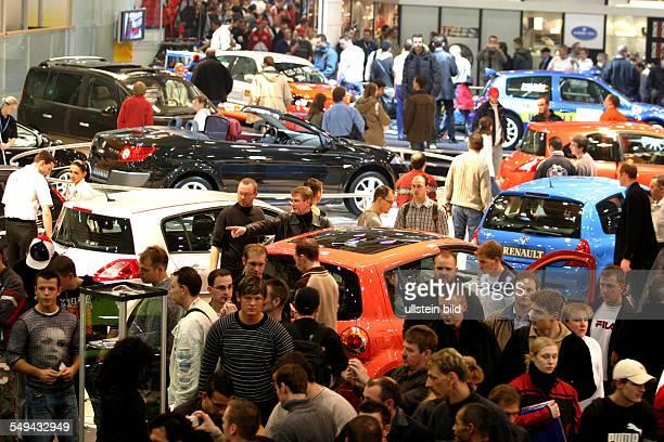 Germany, Essen: EMS - Essen Motor Show.- International fair for automobiles, tuning and classics.
