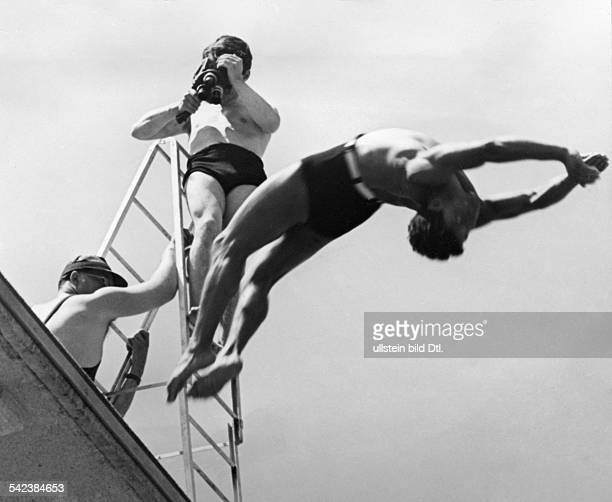 Germany, Films in the Third Reich Shooting at the diving platform for Part 2 of Leni Riefenstahl's film 'Olympia', titled æFestival of Beauty' and...