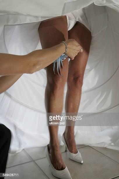 Fixing the garter