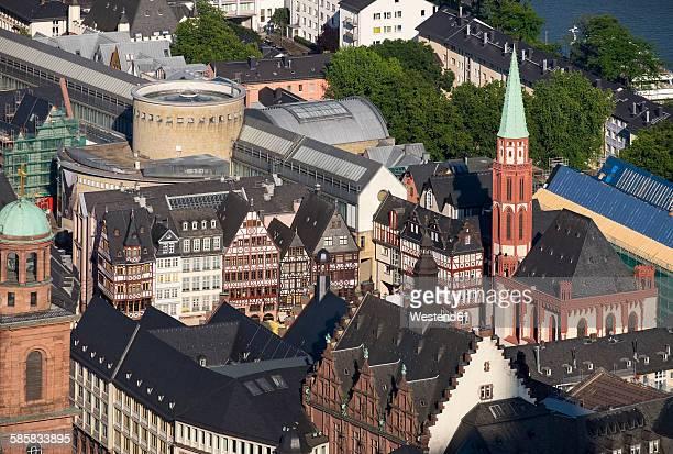 Germany, Frankfurt, Roemerberg, Old St. Nicholas church and half-timbered houses